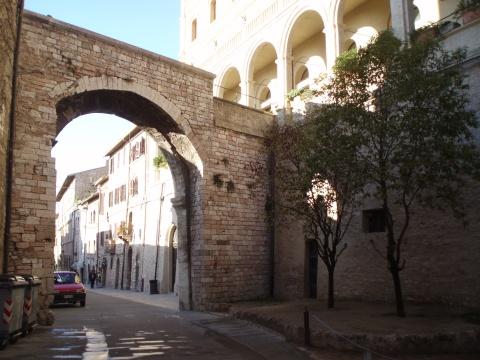 Assisi brána